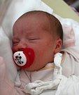 Michaela Tóthová se narodila 23. července ve 22:46 mamince Martě a tatínkovi Michalovi z Chodové Plané. Po příchodu na svět ve Fakultní nemocnici na Lochotíně vážila dcerka 3630 gramů a měřila 49 centimetrů.