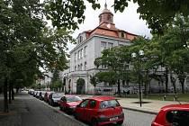 Gymnázium na Mikulášském náměstí