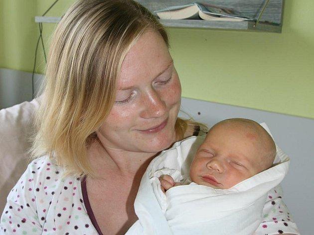 Radek Vachoušek (3,60 kg, 50 cm) je prvorozený syn Květy Brožíkové a Radka Vachouška. Chlapeček se narodil 28. června v 7.49 hod. v Mulačově nemocnici