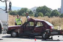 Při nehodě osobního a nákladního auta v Plzni  Borech zemřel 67letý řidič. Jeho spolujezdkyně vyvázla s lehkými zraněními