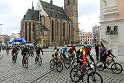 cyklistika závod Plzeňská padesátka série Kolo pro život start náměstí Republiky