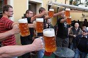 Pivní festival Slunce ve skle v Plzni-Černicích