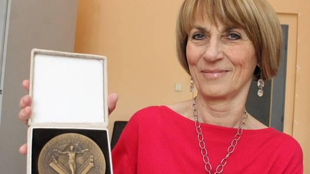 Marie Helmová získala Medaili ministerstva školství