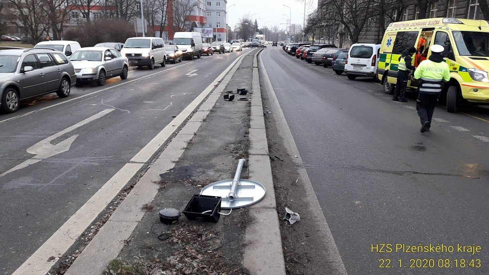 Středeční nehoda na Klatovské.