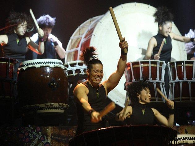 Japonská bubenická skupina Yamato v plzeňském Pekle