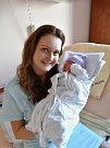 Barbora Moravcová se narodila 25. února v1:15 mamince Zuzaně a tatínkovi Lukášovi zPlzně. Po příchodu na svět vplzeňské FN vážila jejich prvorozená dcerka 2930 gramů a měřila 48 centimetrů.