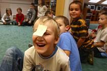 Děti ze Základní školy v Černicích se učí toleranci ke svým spolužáků také formou hry