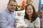 Rodiče Olga a Pavel Kopáčkovi z Plzně chovají Adinu (3,39 kg, 51 cm). Jejich prvorozená holčička přišla na svět 20. září v 1:46 v plzeňské fakultní nemocnici