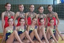 Na oblastním přeboru ve společných skladbách v Plzni si postup na mistrovství republiky vybojovaly juniorky a naděje SK MG Slovan Plzeň (na společném fotu).