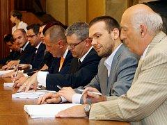 Podpis smlouvy o výstavě nového depa dopravních podniků