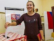 Studentské volby na Církevním gymnáziu v Plzni. Na snímku Mariana Myslíková