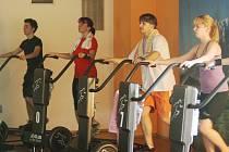 Do sportovního centra v Kalikovském mlýně dorazily v sobotu cvičit desítky lidí