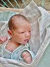 Tobias Wayne Lewis se narodil 28. ledna v 19:25 mamince Haně a tatínkovi Zacharyovi z Plzně. Po příchodu na svět v plzeňské porodnici U Mulačů vážil jejich prvorozený synek 3400 gramů.
