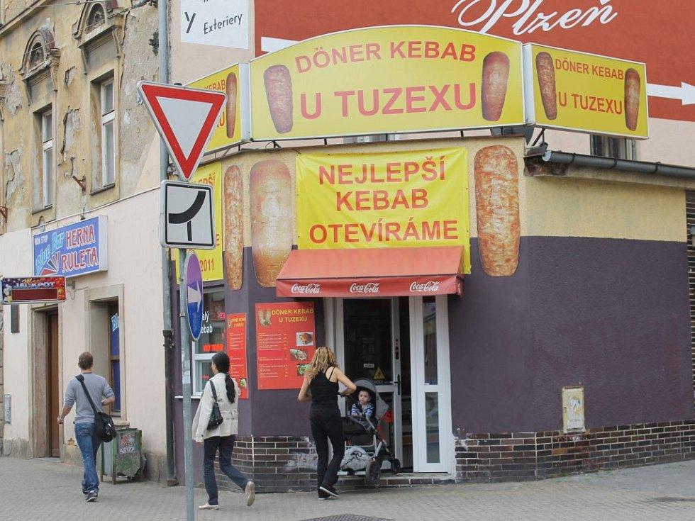 Jako v tureckém obležení vypadá centrum Plzně.