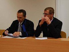 Pavel Adamovský (vpravo)