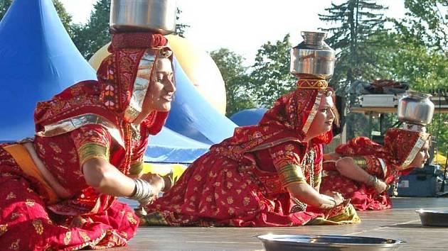 Poprvé vystoupí na Mezinárodním folklorním festivalu v Plzni soubor z Indie - Spandan Sanskrutik Trust z města Ahmedabad