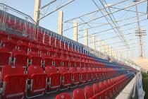 Fotbalový stánek ve Štruncových sadech roste před očima, pro zápas s Kodaní ale nedostal výjimku od UEFA. Boční tribuny se poprvé otevřou na ligu se Spartou