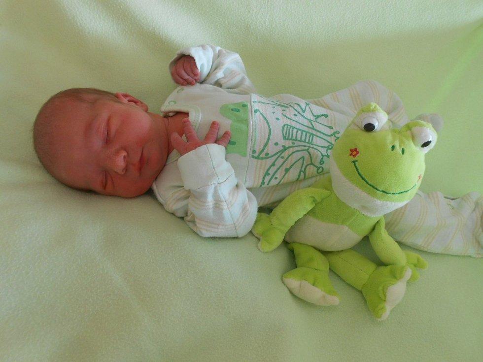 Jakub H. se narodil v domažlické porodnici 24. března 2021 (3360 g, 51 cm).