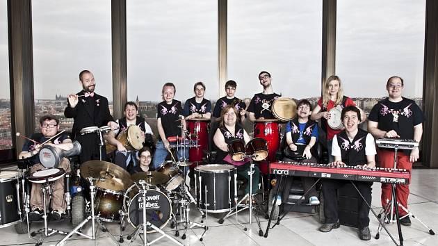 Kapela hendikepovaných hudebníků The Tap Tap
