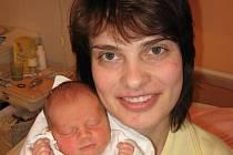 Magdě a Rostislavu Boškovým z Klatov se 26. října deset minut před devátou hodinou ráno narodila v Mulačově nemocnici prvorozená dcera Michaela (2,95 kg/49 cm). Obě babičky – Jiřina a Magda – tvrdí, že Michalka jakoby tatínkovi z oka vypadla.