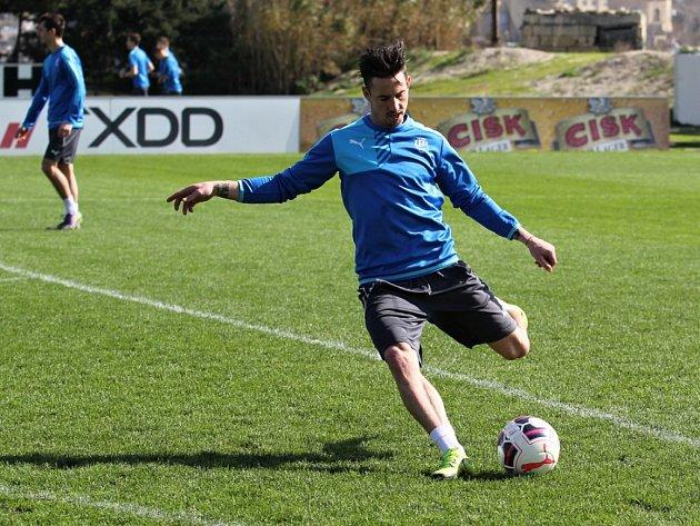 Milan Petržela při tréninku na Maltě.