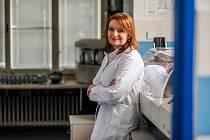 Profesorka Milena Králíčková v laboratoři.