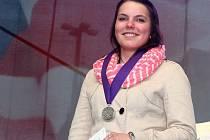 Vítězka stipendia generála Pattona. Alena Vébrová se už pět let věnuje dobrovolnictví v azylovém domě MáTa
