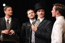 Radek Štědronský Shejbal, Jan Kaštovský, Bronislav Kotiš i Petr Vondráček bavili v sobotu publikum v plzeňském Komorním divadle, které sledovalo premiéru hudební komedie Fantom Morrisvillu