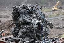 Kliková skříň hvězdicového motoru BMW, kterou archeologové na dně Vožehova rybníku objevili