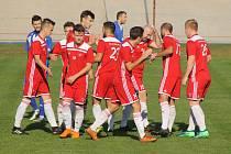 Fotbalisté Petřína (na archivním snímku) vyhráli krajský pohár. Ve finále zdolali Rokycany po penaltovém rozstřelu.