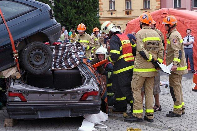 Mistrovství ČR ve vyprošťování osob z havarovaných vozidel se konalo v sobotu v Blovicích
