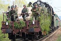 Sobotní nálet spojeneckého letectva na vlak v Koterově.