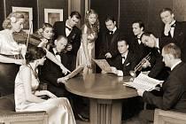 Černobílé písničky zazní v Měšťanské besedě v  podání swing bandu Blue Star Václava Marka