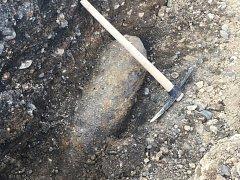 V areálu železničního depa v Plzni nalezli munici z války
