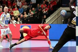 Plzeňský házenkář Roman Bečvář v zahajovacím utkání Eura 2020, v němž český národní tým prohrál ve Vídni s domácím Rakouskem 29:32. Hráč německého TuS N-Lübbecke vstřelil tři góly.