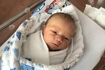 Josef Hrabý z Dlouhé Vsi se narodil v klatovské porodnici 5. dubna v 15:29 hodin (50 cm, 3510 g). Rodiče Jaroslava a Josef věděli dopředu, že jejich prvorozeným miminkem bude chlapeček. Tatínek byl u porodu.
