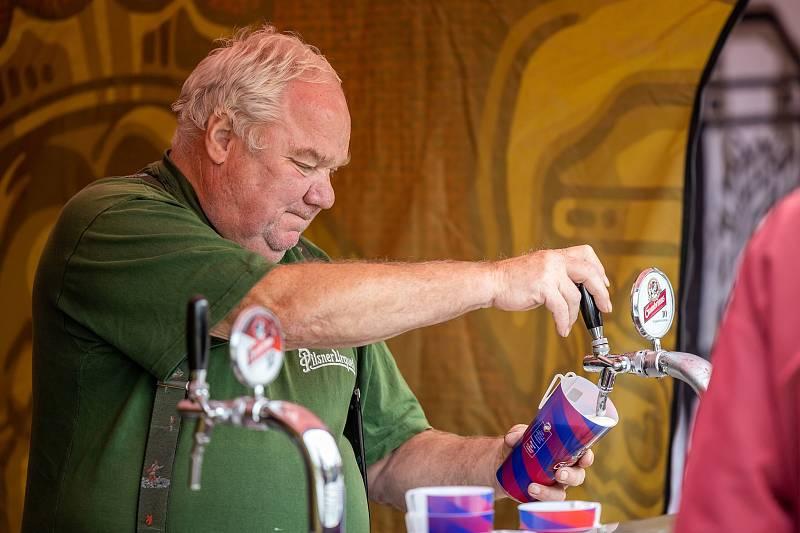 Pro dospělé byla připravena škola čepování piva.