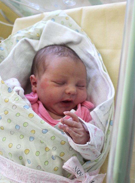 Rozálie Pitlíková z Plzně se narodila v porodnici U Mulačů 24. srpna v 18:32 hodin s váhou 3630 gramů. Rodiče Tereza a Karel věděli, že jejich prvorozené miminko bude dcera.
