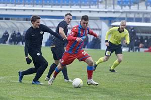 Plzeňský záložník Pavel Bucha v pohárovém zápase s FK Přepeře (7:0).