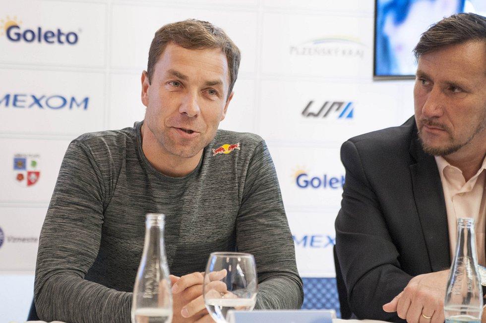 Martin Šonka, vicemistr světa, mistr Evropy a České republiky v akrobatickém létání.