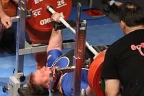 Neumístil se. V nejtěžší kategorii nad 120 kg soutěžil i Miroslav Hejda (na snímku), který nezvládl tlak a dál nepostoupil