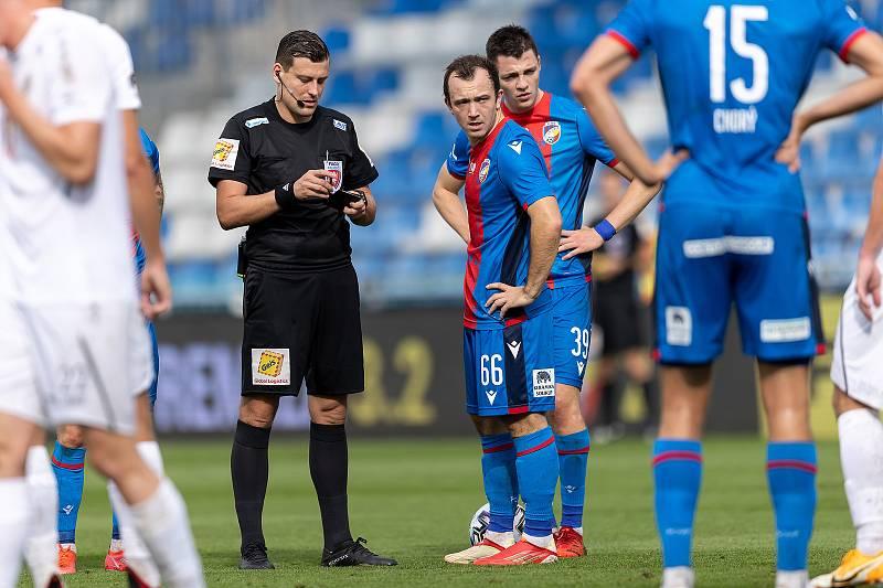 Z utkání 6. kola fotbalové Fortuna ligy, ve kterém Hradec Králové doma zdolal Viktorii Plzeň 1:0. Foto: