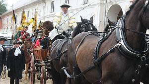 Letní barokní festival pozval v Plasích na kočárovou slavnost