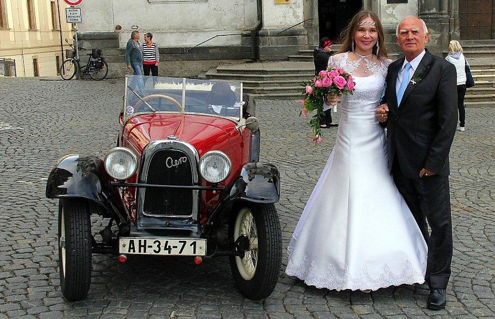 č. 142: Stanislav a Hana Jakubčíkovi, Klatovy (Svatba:  5. září 2015)