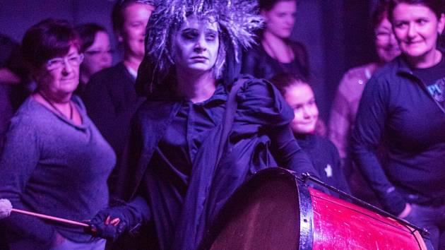 Takhle to vypadalo při loňské Noci divadel v Novém divadle v Plzni