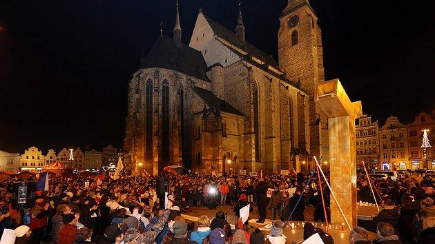 Shromáždění k 17. listopadu na náměstí Republiky