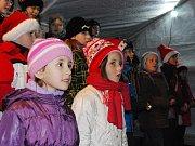 Zpívání koled v Chlumčanech