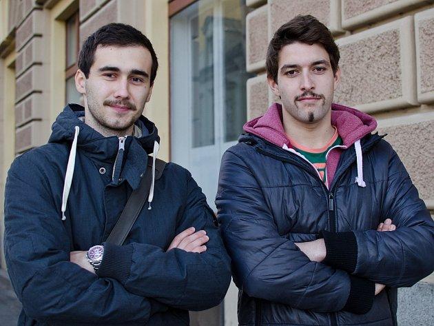 Filip Červ a Tomáš Pergl, studenti