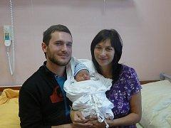 Maminka Petra Čičmancová a tatínek Karel Hromadka chovají syna Adama (3,67 kg, 49 cm). Jejich prvorozený chlapeček přišel na svět 22. října v 9:22 ve Fakultní nemocnici v Plzni