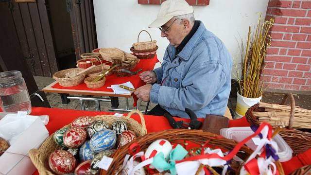 Velikonoční jarmark tradičních řemesel v plzeňské zoo